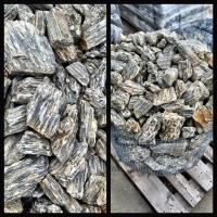 Kamenná kůra štípaný kámen.JPG